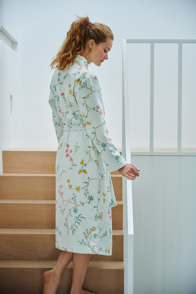Color Relation Product Bathrobe Les Fleurs White