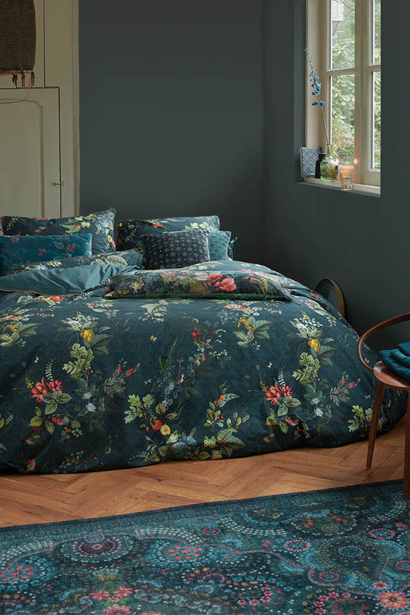 Color Relation Product Duvet Cover Fall in Leaf Dark Blue
