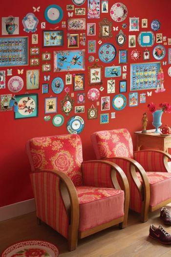 wallpower-non-woven-flowers-red-pip-studio-memories