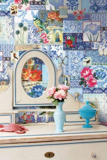 wallpower-non-woven-flowers-blue-pip-studio-dutch-glory