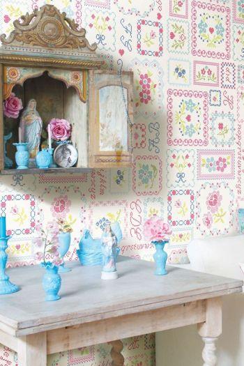 wallpower-non-woven-flowers-multiocolour-pip-studio-ABC