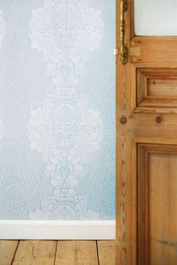 wallpaper-non-woven-flowers-khaki-pip-studio-silhouettes-flock