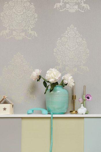 behang-vliesbehang-bloemen-grijs-pip-studio-pip-for-president