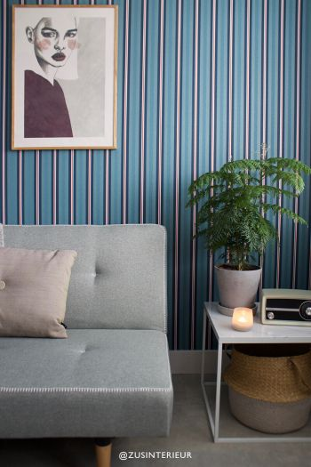 wallpaper-non-woven-vinyl-lines-dark-blue-pip-studio-blurred-lines