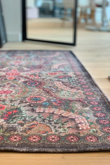 Carpet-bohemian-khaki-moon-delight-pip-studio-155x230-200x300