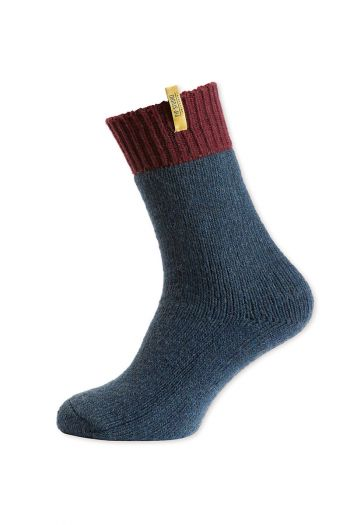 socks-burgundy-and-blue-from-wool
