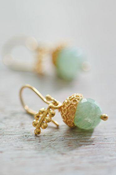 Earrings goldplated Adorable Acorn green