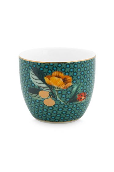 egg-cup-winter-wonderland-made-of-porcelain-with-flowers-in-green