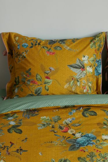 pillowcase-fall-in-leaf-yellow-pip-studio-205134