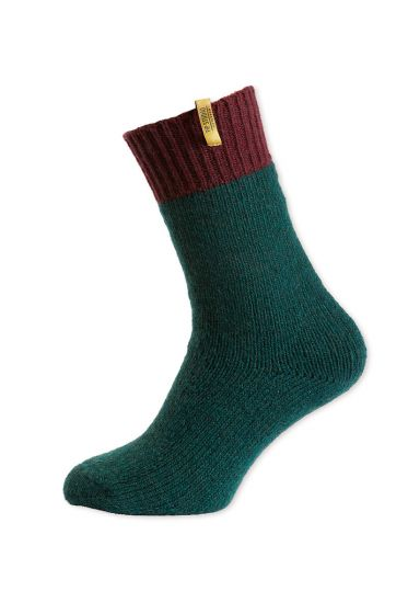 socks-burgundy-and-green-from-wool