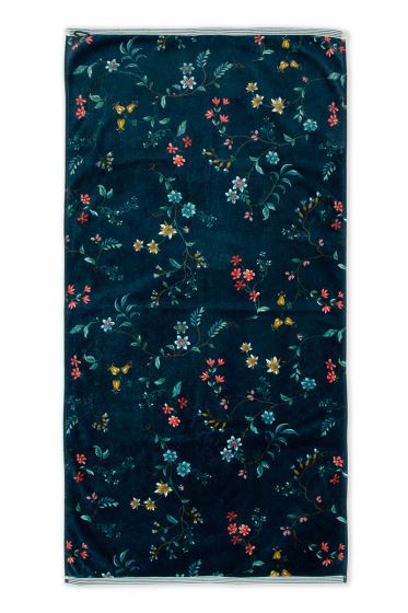 Handdoek-XL-bloemen-print-donker-blauw-70x140-cm-pip-studio-les-fleurs-katoen