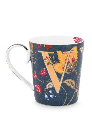 Letter-mug-blue-floral-fantasy-V-pip-studio