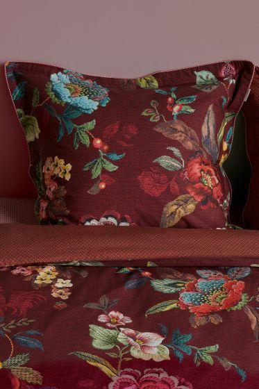 pillowcase-poppy-stitch-red-pip-studio-204929