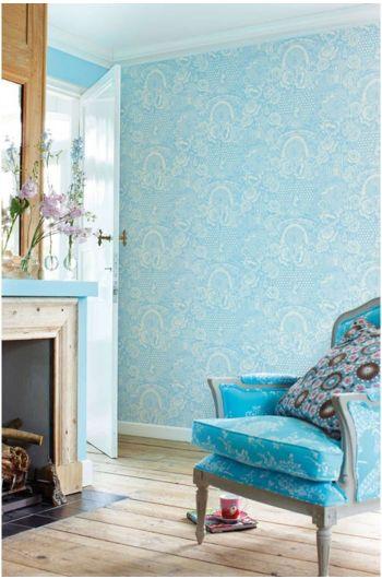 wallpaper-non-woven-flowers-blue-pip-studio-deerest-peacock
