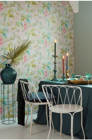 wallpaper-non-woven-vinyl-paradise-bird-palms-grey-pip-studio-palm-scene