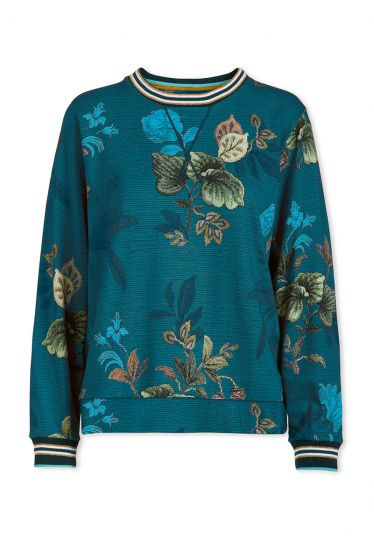 sweater-leafy-stitch-in-blue-with-flower-design