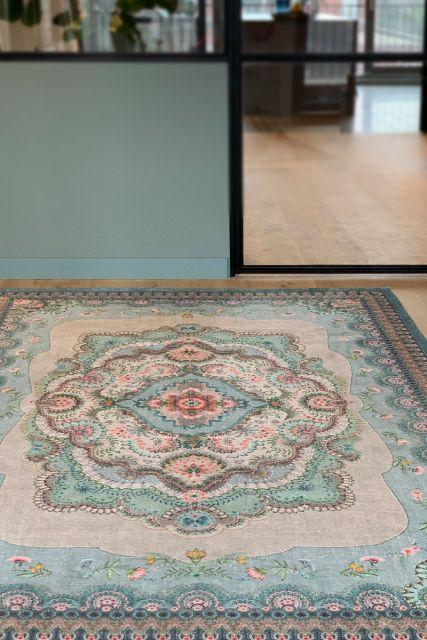 Vloerkleed-tapijt-bohemian-pastel-blauw-bloemen-majorelle-pip-studio-155x230-200x300