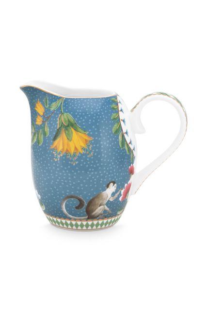 melk-kan-klein-la-majorelle-van-porselein-met-bloemen-in-blauw