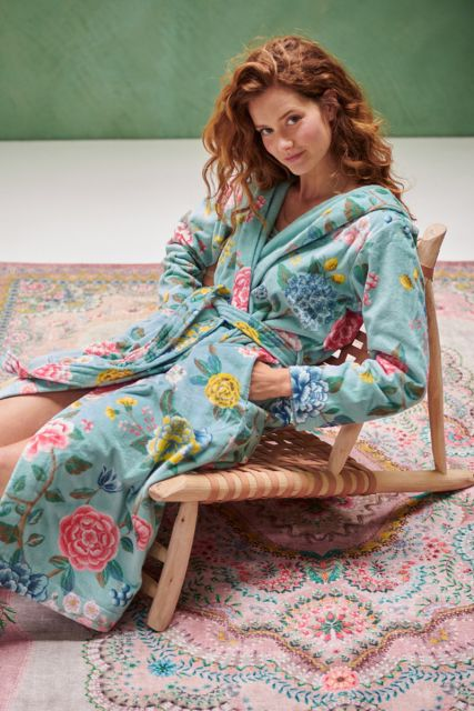 Bathrobe-blue-floral-good-evening-pip-studio-cotton-terry-velour