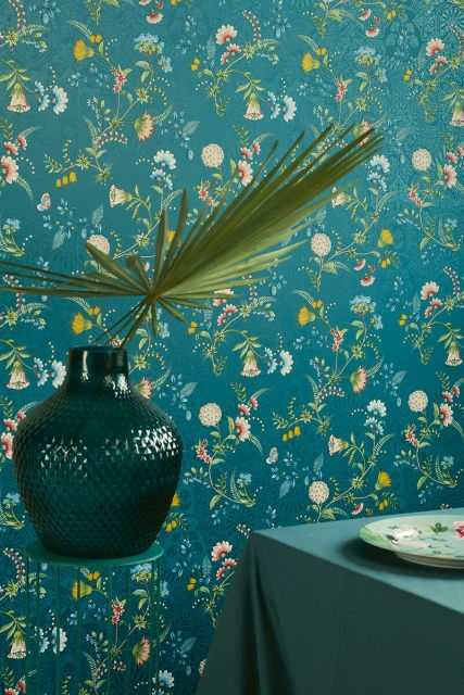 wallpaper-non-woven-vinyl-flowers-dark-blue-pip-studio-la-majorelle