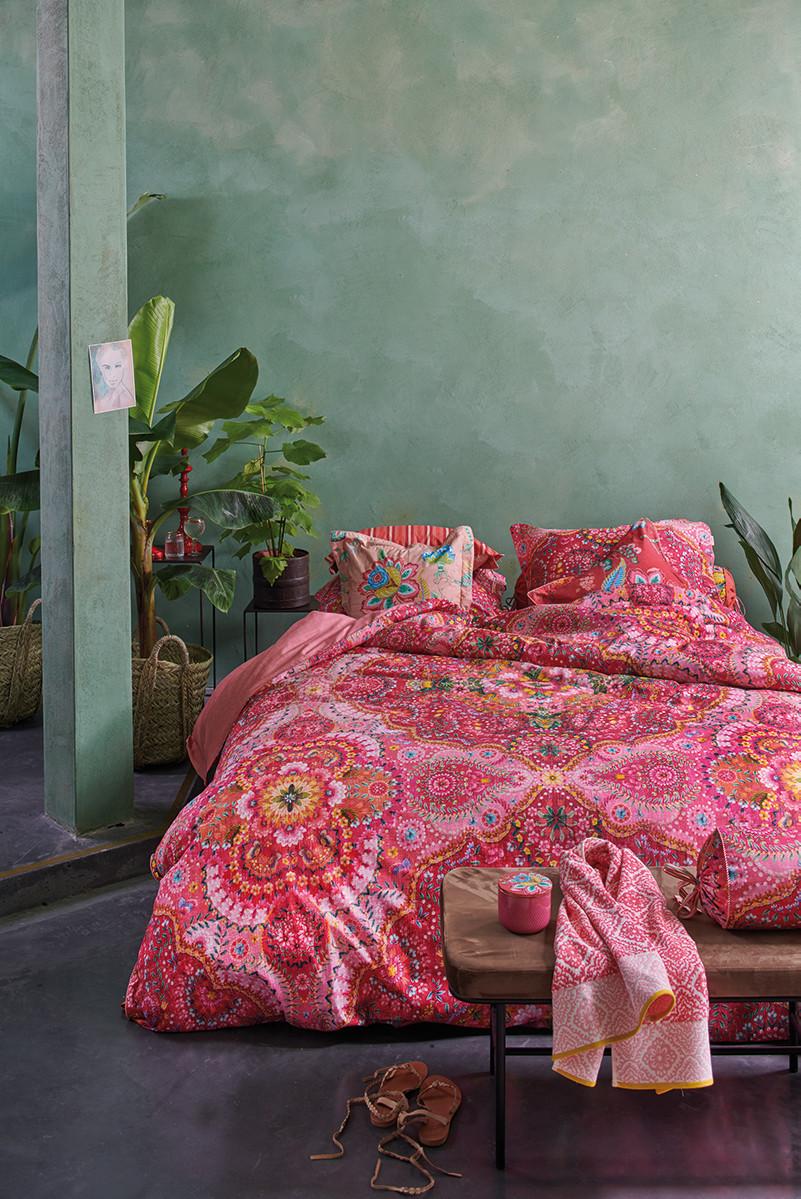 Color Relation Product Dekbedovertrek Sultans Carpet Rood