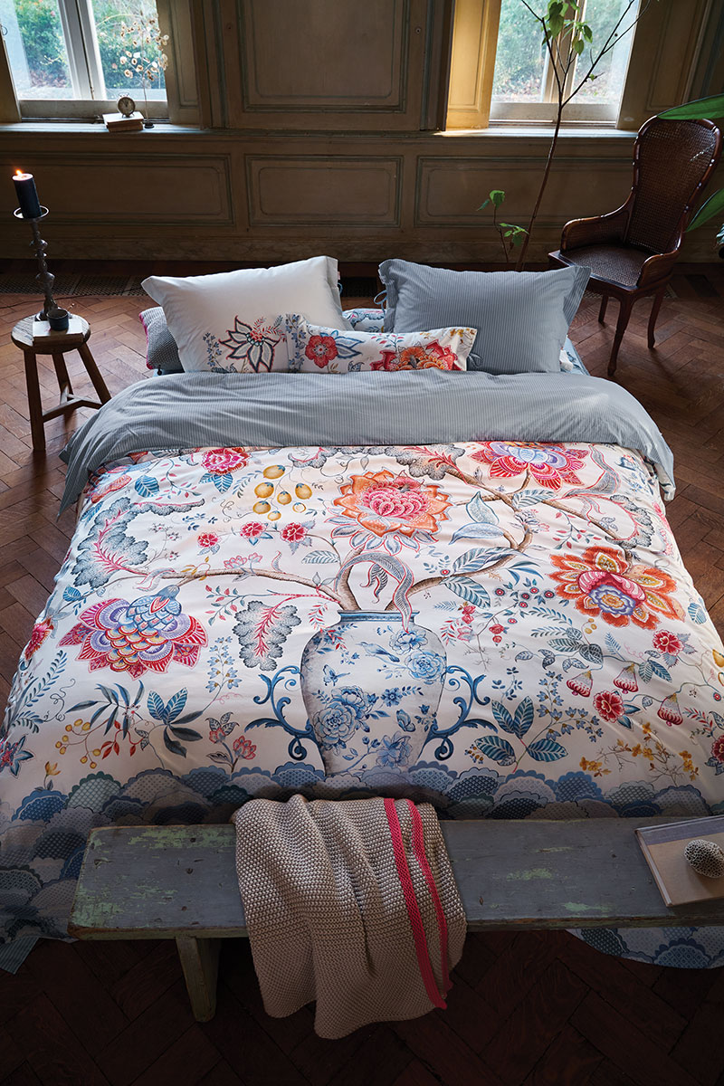 Color Relation Product Duvet Cover Tree of Life White
